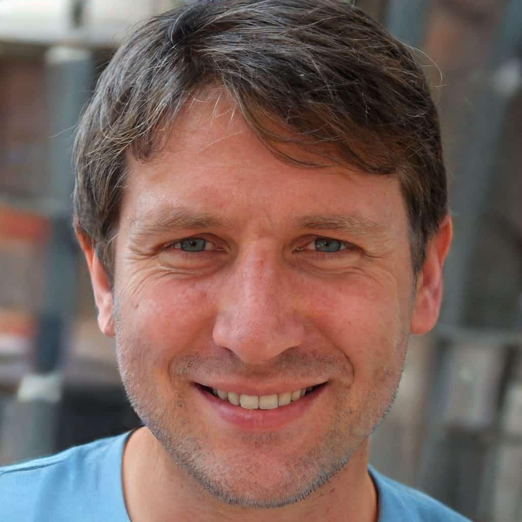 profile picture of managing editor David Girard